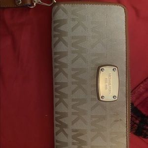 Micheal Kor wallet in good condition